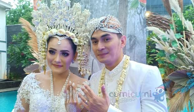 Paksa Istri Tampil Islami di Pesta Resepsi, Ichal Muhammad Debat Sebelum Menikah