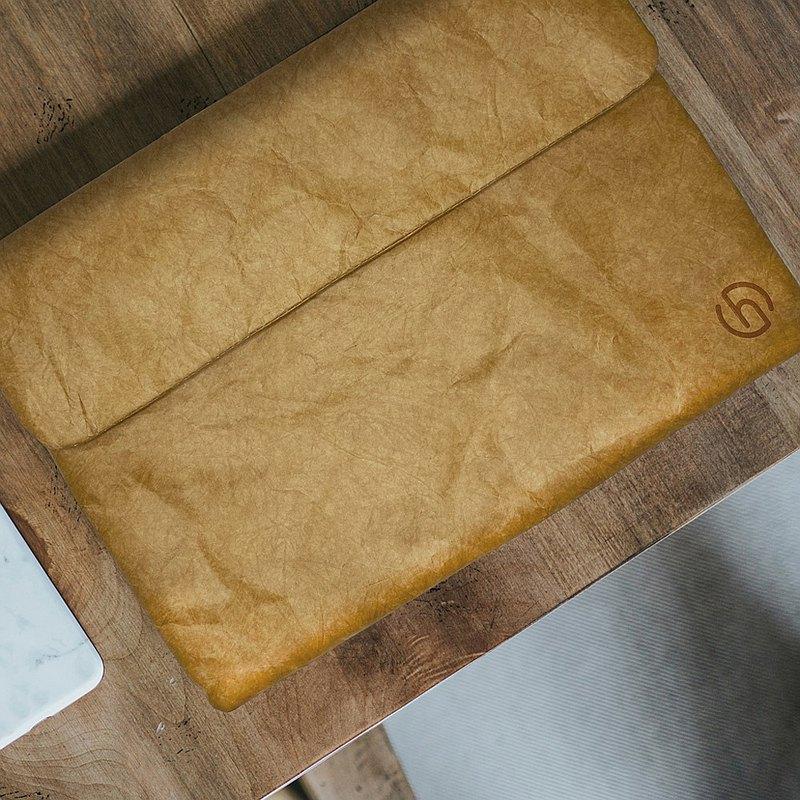 比塑膠袋更環保 比真皮袋更輕量 比普通紙袋更加耐用 杜邦紙成分為高密度聚乙烯(HDPE)又稱撕不爛紙意指材質看起來雖 然像紙,卻非常耐用實用!防水、透氣、質輕、強韌、耐撕裂 最重 要杜邦紙是環保可分解