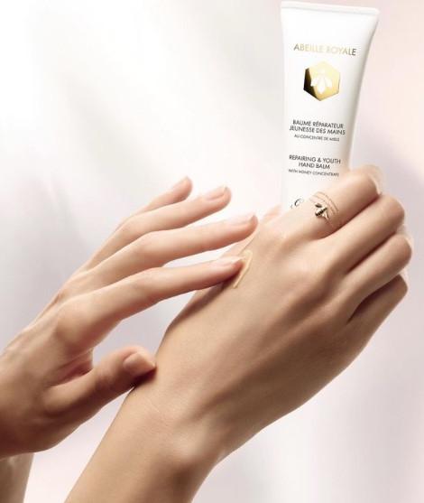 2021「奢華乾洗手」推薦:DIOR玫瑰乾洗手凝露,NT.1400