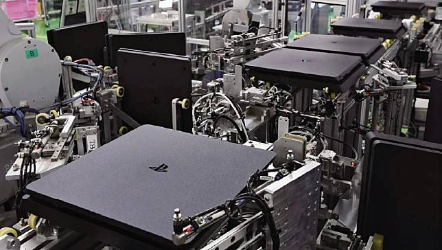 Pembuatan 1 Unit PlayStation 4 Hanya Membutuhkan 30 Detik!