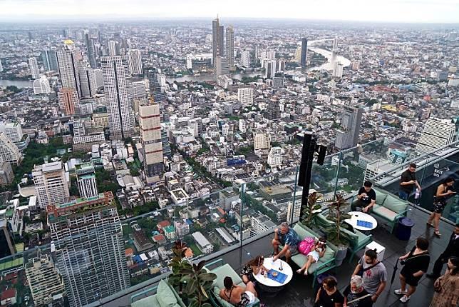 究竟離地300多米的曼谷風景有幾震撼?這張相應該可以讓你感受得到吧!(單身旅子攝)
