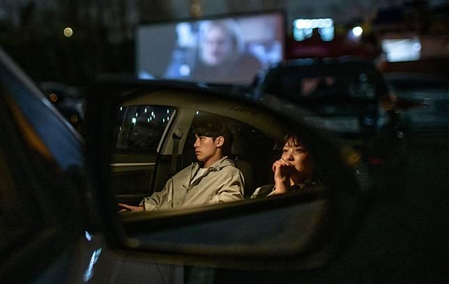 โรงหนังแบบ Drive-in กลับมาบูมอีกครั้ง เมื่อโควิด-19 ทำให้เรานั่งใกล้ชิดกันไม่ได้