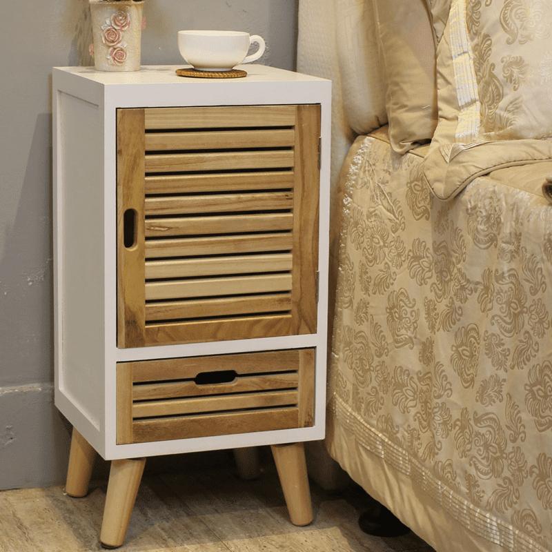 一門一抽多功能收納櫃,大小規格33x30x66.5cm,取材天然的梧桐實木,結合多功能的設計理念,讓家具不再只是家具,讓家更具時尚氣息!不論是作為床頭櫃、收納櫃、電話櫃等都適合,實用性超級強!
