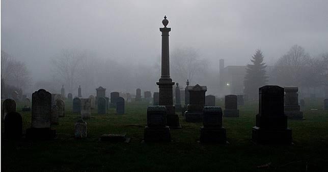 聽信「死人骨頭」可換機車 不孝兒開挖雙親及叔叔墳墓