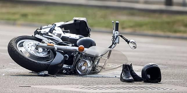 Ilustrasi kecelakaan motor (deseret.com)