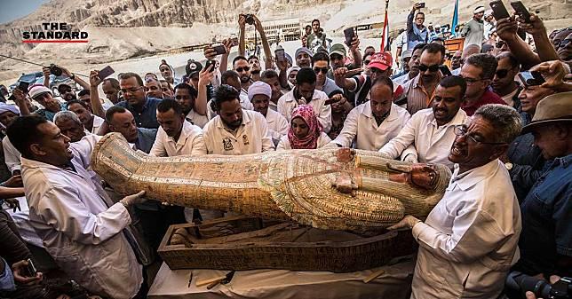 อียิปต์ขุดพบโลงศพไม้โบราณหายากอายุหลายพันปี 30 โลง เตรียมนำจัดแสดงพิพิธภัณฑ์ชาวอียิปต์ปีหน้า