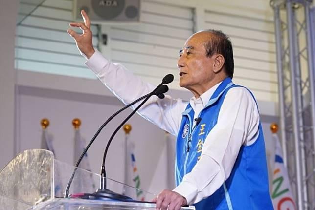 王金平向菩薩祈願,需要他來救台灣,要安排一條路讓他走