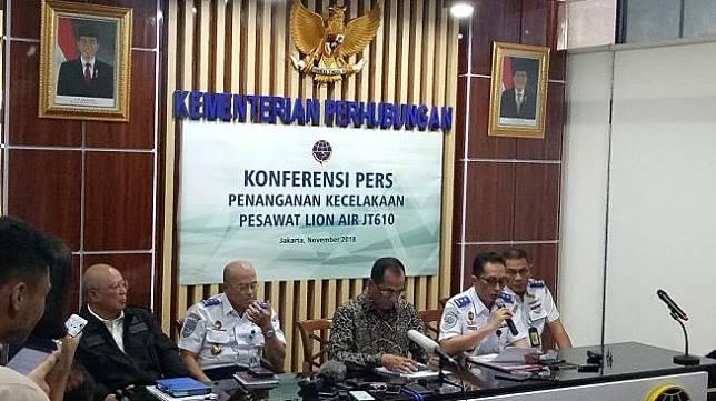 Menhub Budi Karya Sumadi di Kantornya, Kamis (1/11/2018). (Suara.com/Achmad Fauzi)