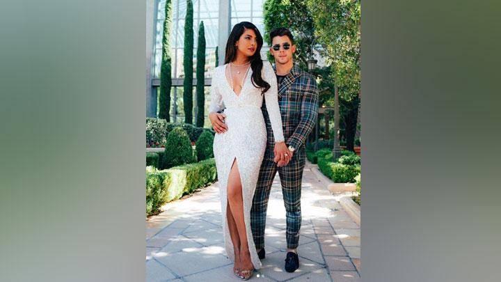 Priyanka Chopra Nick Jonas Masih Belum Punya Anak Ini Sebabnya Tempo Co Line Today