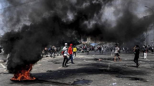 Kerusuhan di Jati Baru.