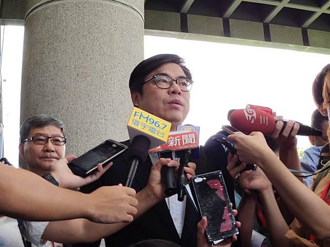 陳其邁:韓市長應該想怎麼對高雄市民說明