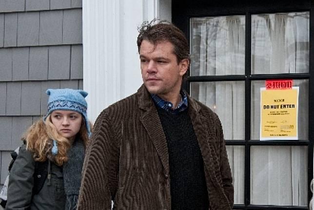 Matt Damon (kanan) saat berakting dalam film Contagion. Sineas Contagion ingin ada film tentang sosok antivaksin dr Andrew Wakefield untuk menggambarkan betapa jahatnya tokoh itu.