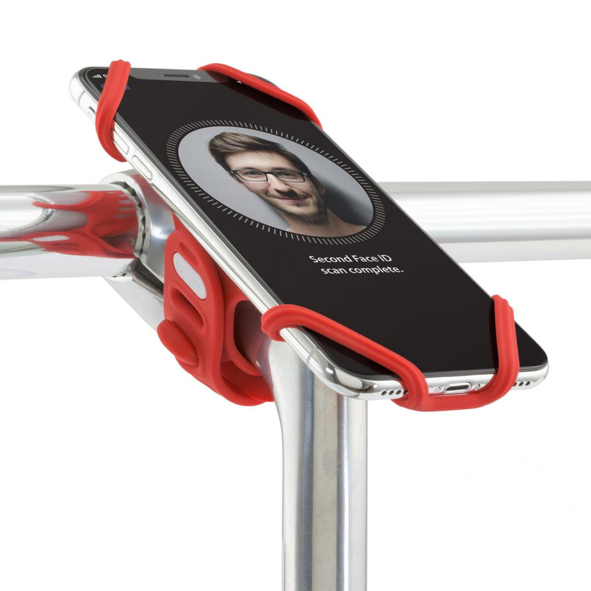 可適用於多種廠牌的智慧手機(尺寸 4 吋 ~ 6.5 吋間)簡易安裝與拆卸,也可安裝於不同直徑手桿