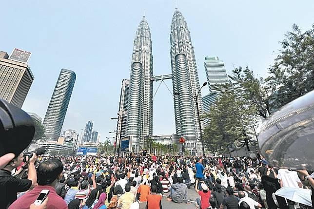 馬來西亞政府今年接獲二百五十一宗港人申請移居到當地。