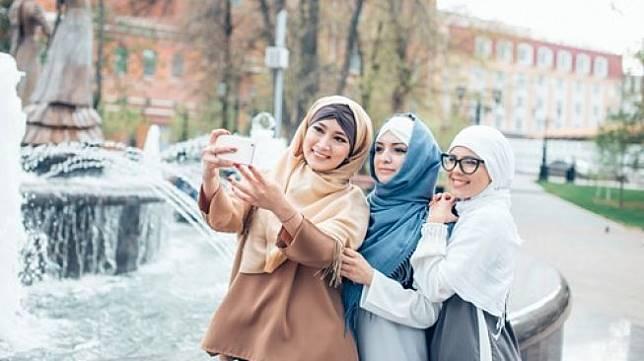 Traveler muslim berhijab. (Shutterstock)