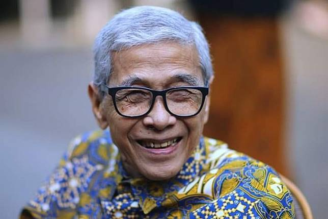 Born in West Java's Bogor in 1937, Adhie started his career in architecture in 1964 while pursuing an architecture degree at the Bandung Institute of Technology (ITB).