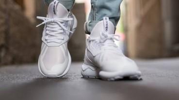 全白運動鞋膩了換紅、藍、綠運動鞋也不錯 這篇文章拯救了我鞋櫃裡超難搭的「鮮豔運動鞋」!