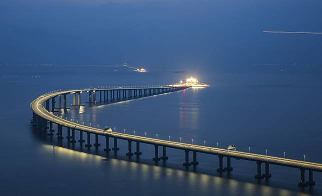 Jacobs China technicians jailed for up to 2 years for faking test results for Hong Kong-Macau-Zhuhai Bridge concrete