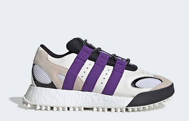 白色配紫色三間運動鞋(互聯網)