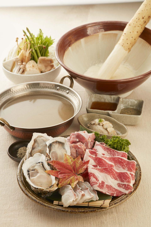 黑毛屋本家推秋天限定「大和芋牡蠣海陸鍋」