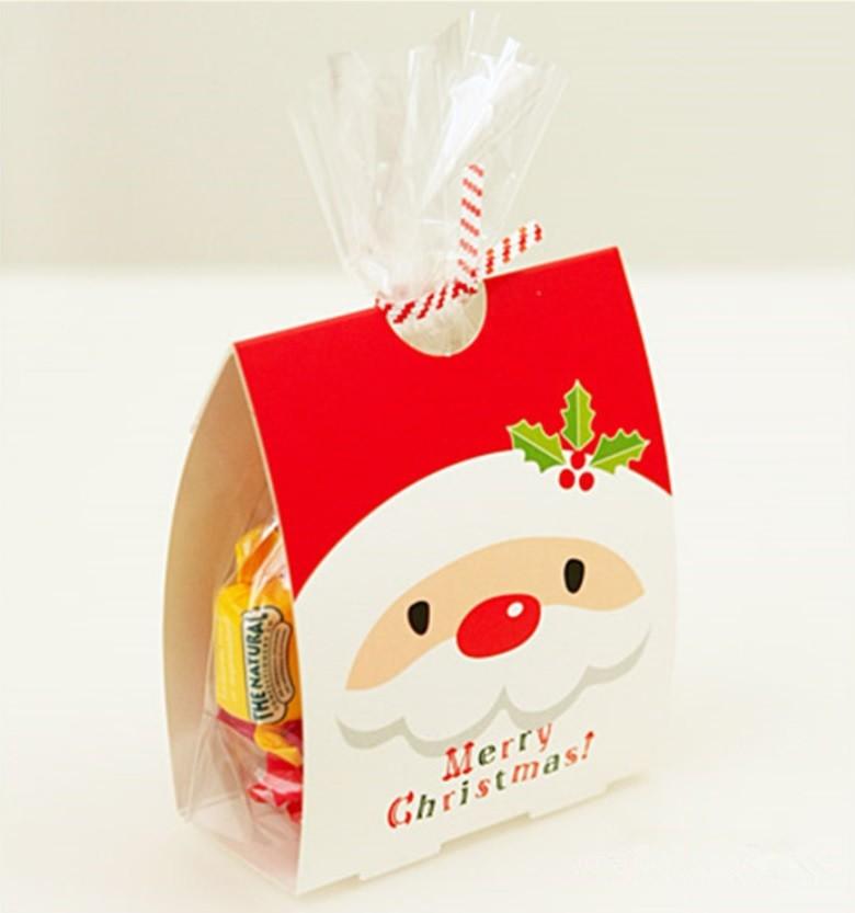 數量:50入(塑膠袋+封口鐵絲+紙卡) 規格:13*9.3公分 側面寬度4公分 正反面有不同印刷圖案喔~ 質感佳 可以用來裝小餅乾、小糖果 就是一個超級棒的聖誕禮物啦~