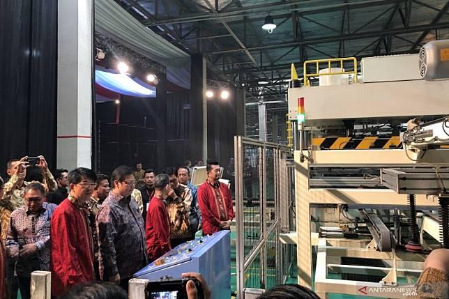 Sharp resmi pindahkan pabrik dari Thailand ke Indonesia