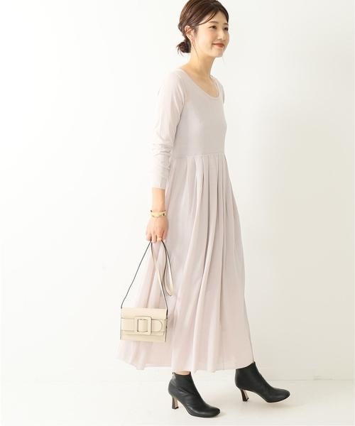 大領口薄紗針織連身裙