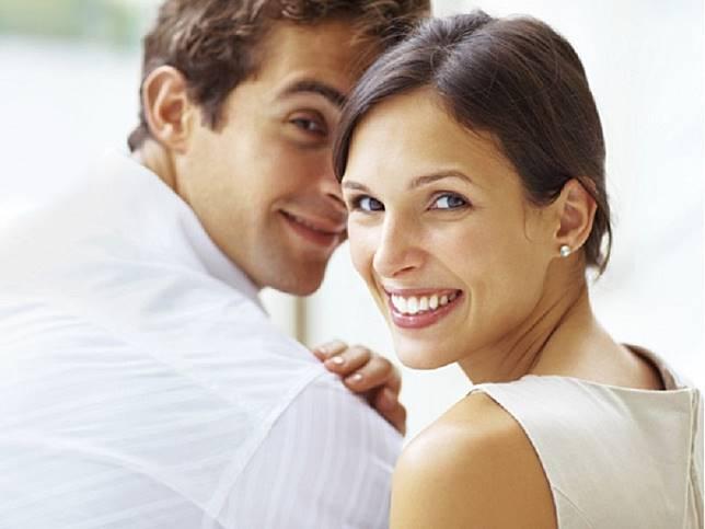 Pria Menikah dengan Perempuan Lebih Tua Berbahaya, Benarkah?