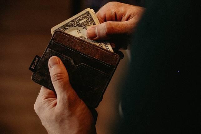 ใช้กระเป๋าสตางค์อย่างไรให้เงินเพิ่ม !! 5 เทคนิคเพิ่มเงินในกระเป๋าตังค์ ข้อมูลตัวอย่างจากชาวญี่ปุ่น 1,000 คน