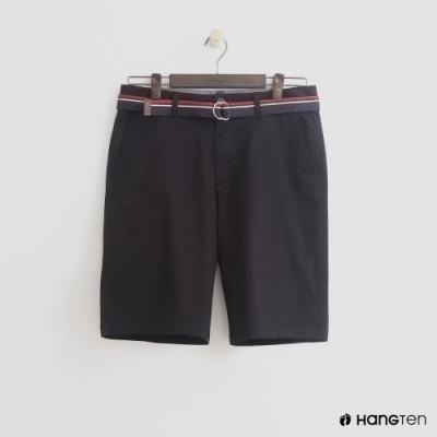 附加帆布腰帶輕鬆變換多種穿搭添增西裝短褲率性風格兼具時尚感