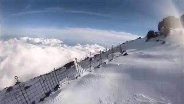 滑落 富士山