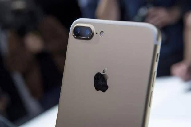Harga iPhone Turun hingga 50 Persen dalam Waktu 3 Tahun
