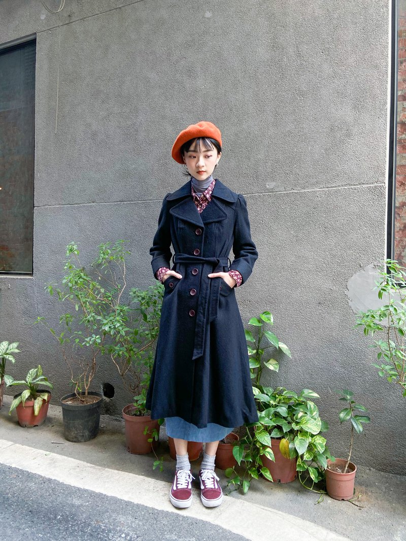 Vintage 翻領黑色合身毛呢大衣 外套