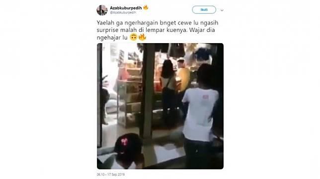 Aksi warganet, seorang lelaki melempar kue ulang tahun pemberian kekasihnya.