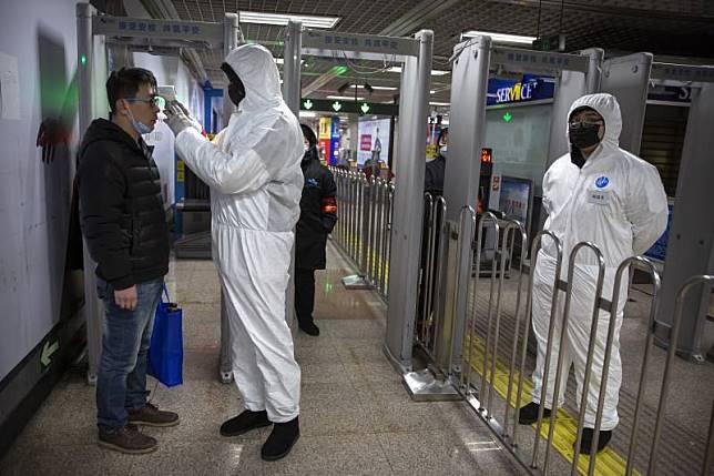 ยอดตายไข้อู่ฮั่นพุ่ง80ราย ผอ.อนามัยโลกบินด่วนไปจีน