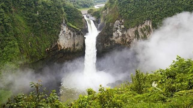Air terjun San Rafael, Ekuador. [Shutterstock]