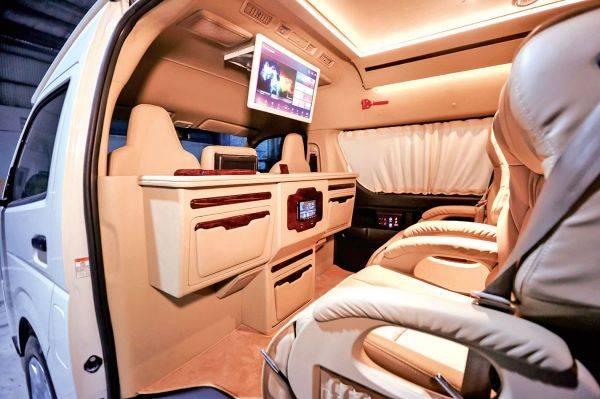BAV Luxury Auto Design mengubah kendaraan merek Toyota bisa tampil mewah