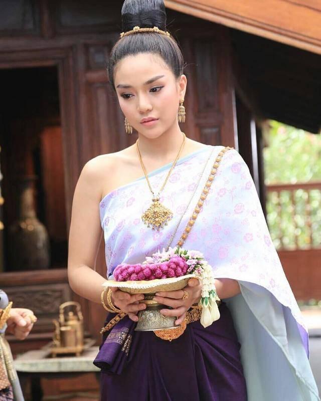 ละครไทย ละครรีเมค ละครดัง บันเทิง ดารา นักแสดง ละครเก่า