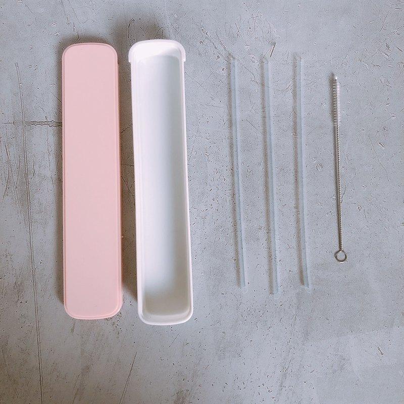 生醫級美吉環保吸管通過SGS檢驗,日本原料台灣製造,可重複使用, 耐高溫好清洗,不怕摔,口感溫潤,有斜切口可戳破飲料封膜。