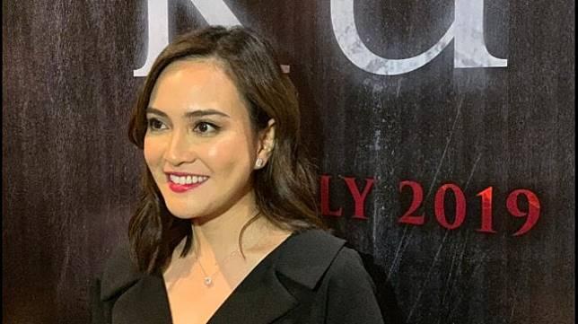 Shandy Aulia di gala premier film Kutuk di kawasan Cikini, Jakarta Pusat, Kamis (18/7/2019). [Yuliani/Suara.com]