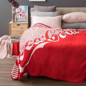 和樂自有品牌產品 獨家設計款,經典 Coca-Cola 可口可樂 的 品牌LOGO MARK 風格圖樣,典藏擁有 單面獨版印花,色彩鮮明 貼身輕柔舒適,保暖性佳 透氣性強,排汗及濕氣 防靜電加工處理