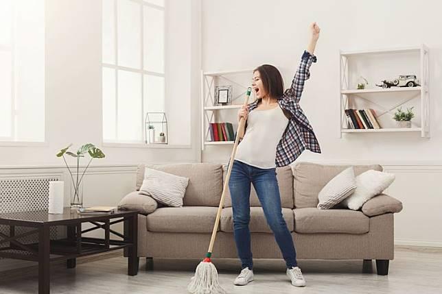 Membuat otak Kita Awet muda , Mulai sekarang Bersihkanlah Rumah mu