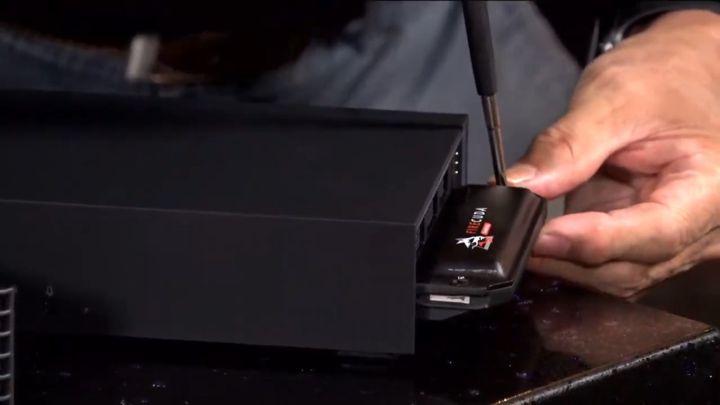 內建 NVMe M.2 擴充插槽,可輕鬆安裝額外的 SSD。