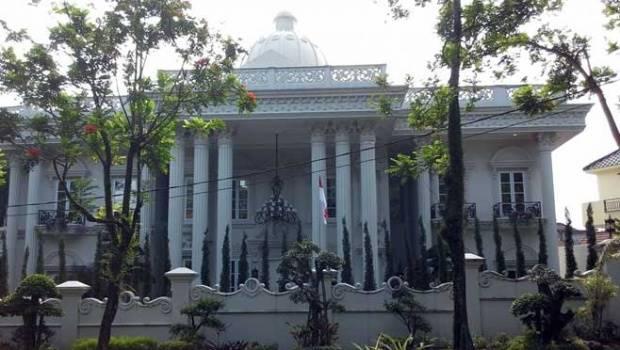 Rumah milik Andika Surachman, Direktur Utama PT First Travel di Venesia Sentul City, Kabupaten Bogor, Jawa Barat. TEMPO/L.R.BASKORO