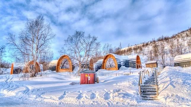 Rekomendasi 6 Hostel Menawan di Destinasi Ski Spektakuler Dunia