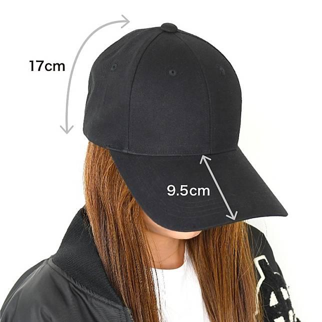 設計人員反覆嘗試不同的呎吋,最後得出帽簷9.5cm、帽身17cm的「黃金比例」,遮到樣又不失時尚感。(互聯網)
