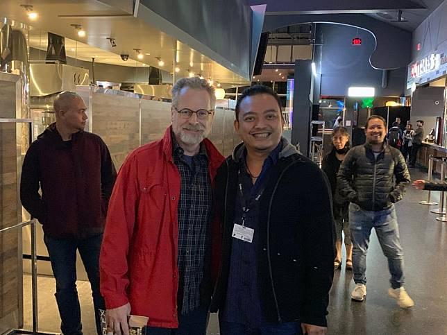 David Ross dan Bismarka Kurniawan di TIFF, Kanada. (Foto: Dok. Poplicist)