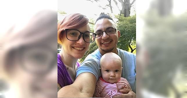 她被母告知生下死胎 30年後兒子現身相認!