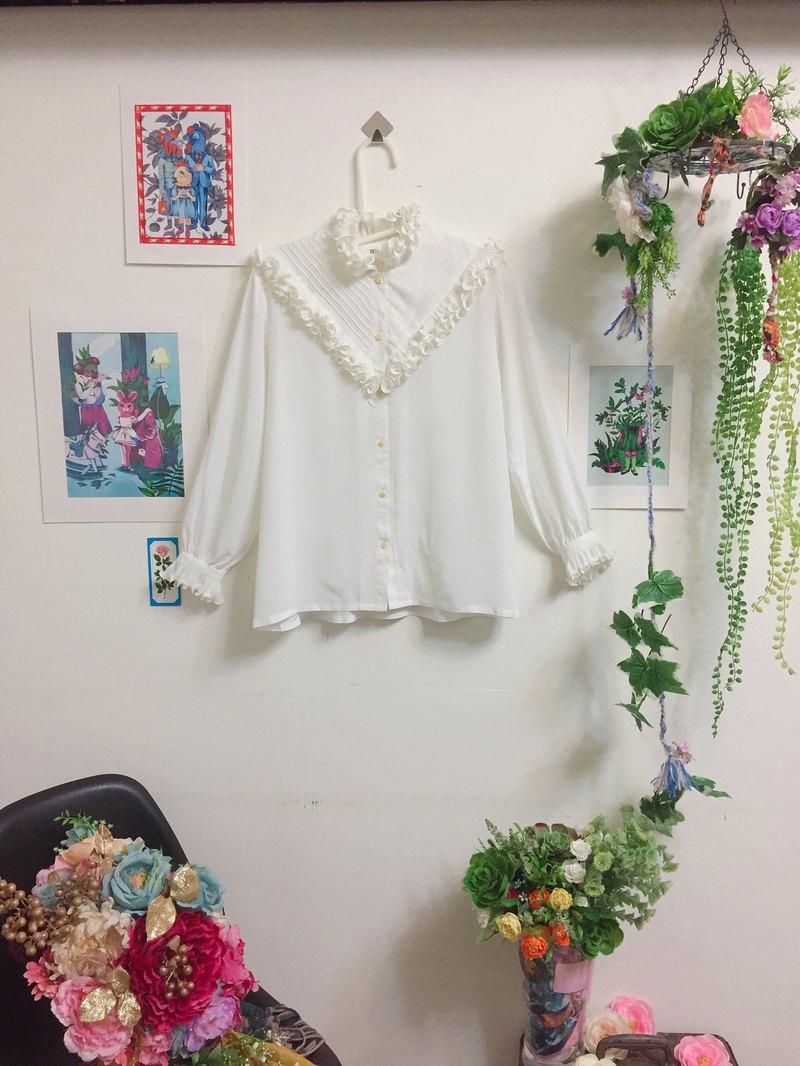 古著襯衫/捲捲邊華麗的挑戰 繫摺捲邊/裝飾領口/日本製/米白色雪紡紗
