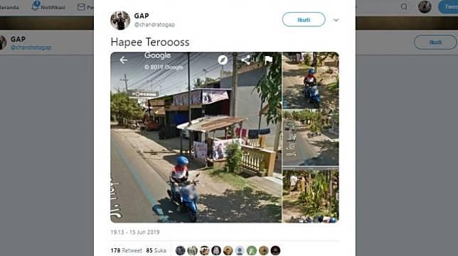 Penangkapan gambar lucu Google Street View. [Twitter]